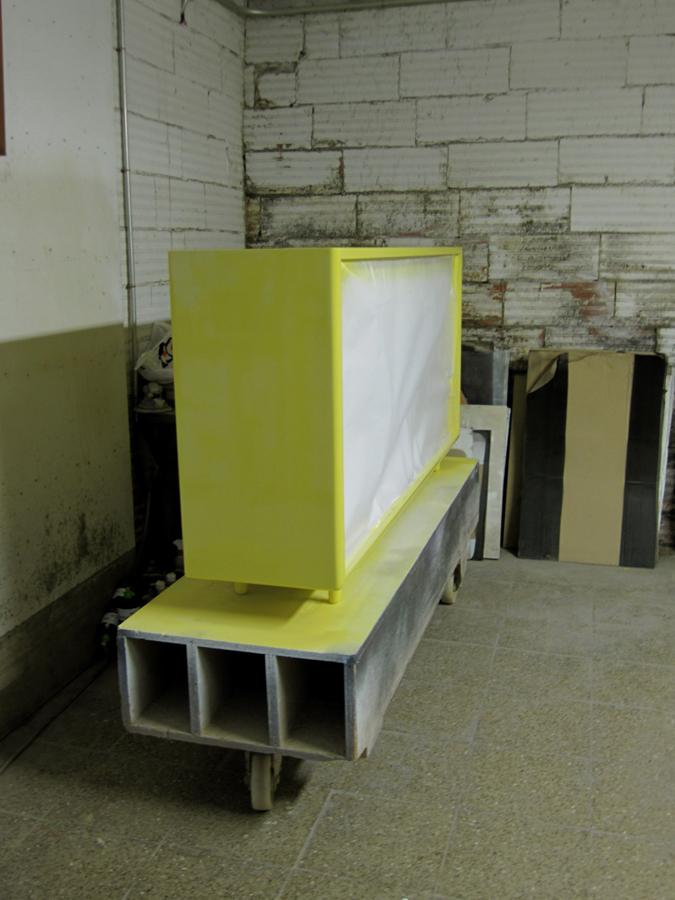 El moble en procés de lacat.