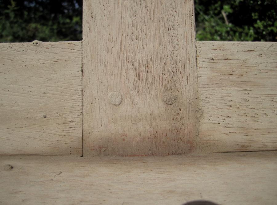 Pàtina gris aplicada a la fusta.